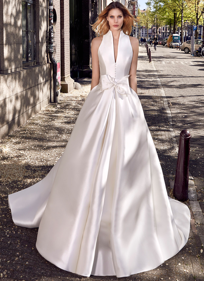 Le Papillon Alicante wedding gown
