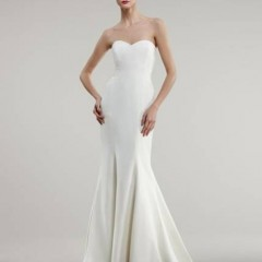 Nicole Miller wedding gown dakota