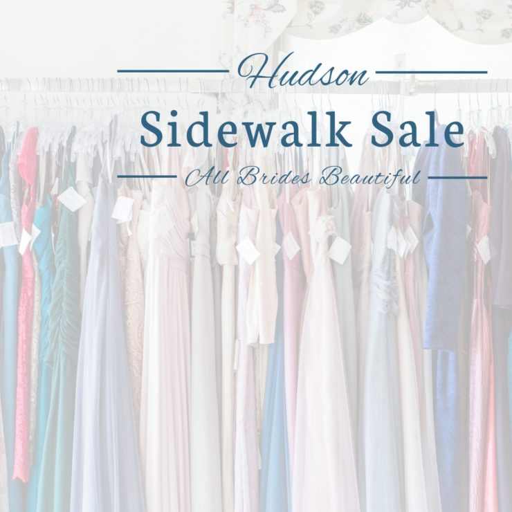 Hudson Ohio sidewalk sale