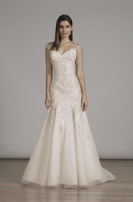 Liancarlo '6834' ~ Fall 2016 wedding gown