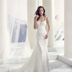 Le Papillon Tilly wedding gown