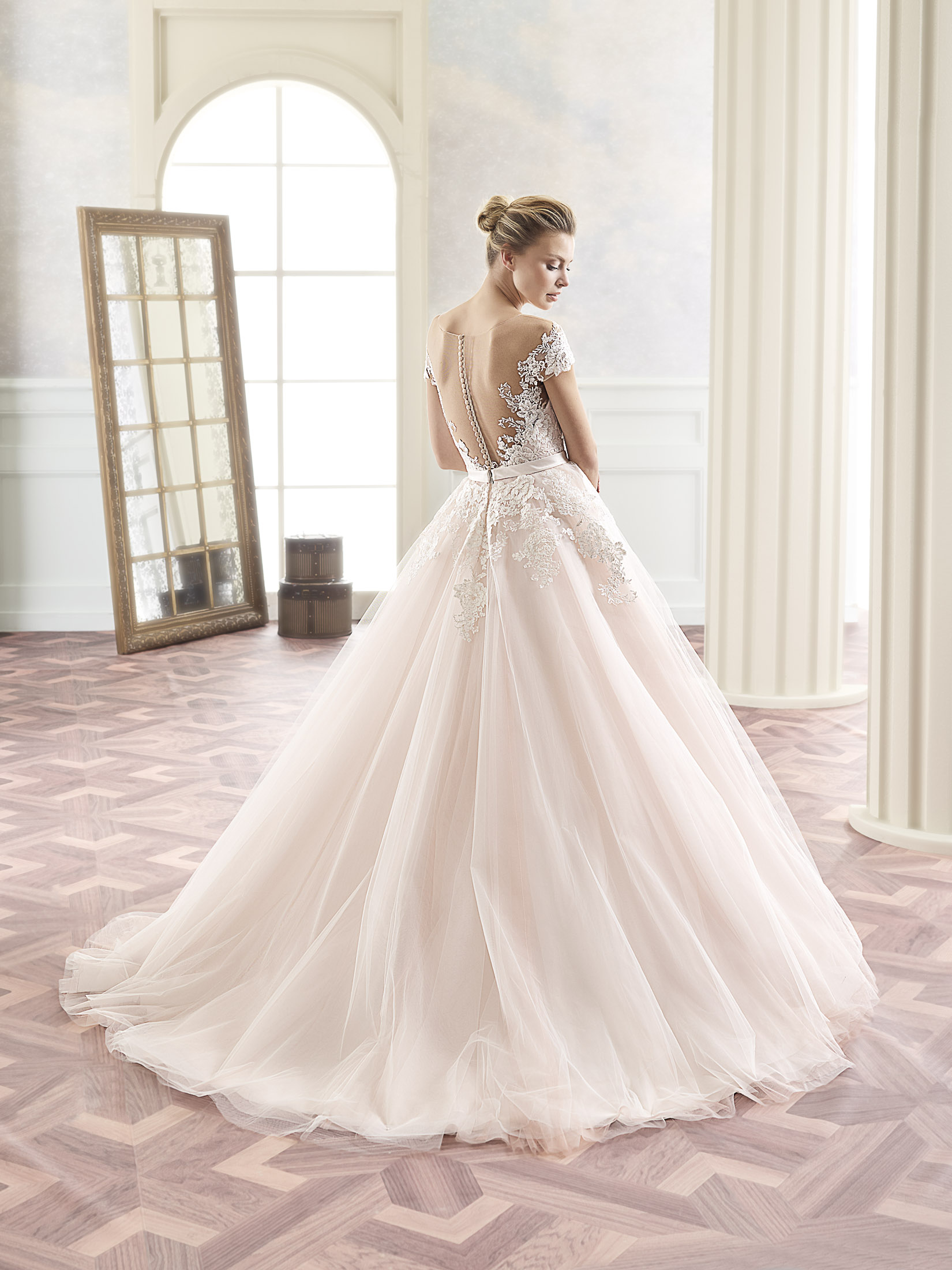 curvy-bridal-all-brides
