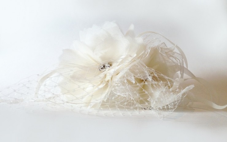 bridal silk hair flowers by erin cole