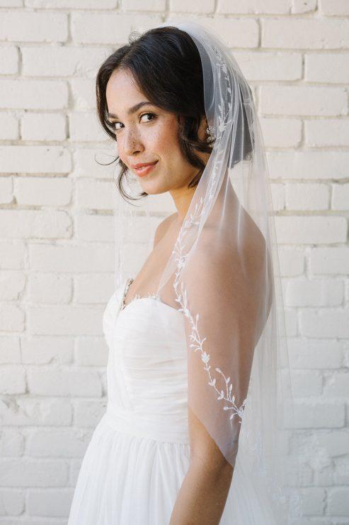 Sara Gabriel Pheonix veil