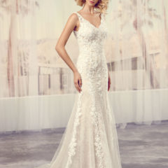 Le Papillon Scarlett wedding gown