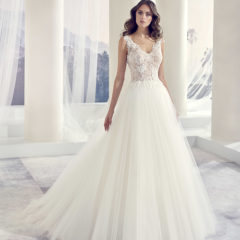 Le Papillon Tokio wedding gown